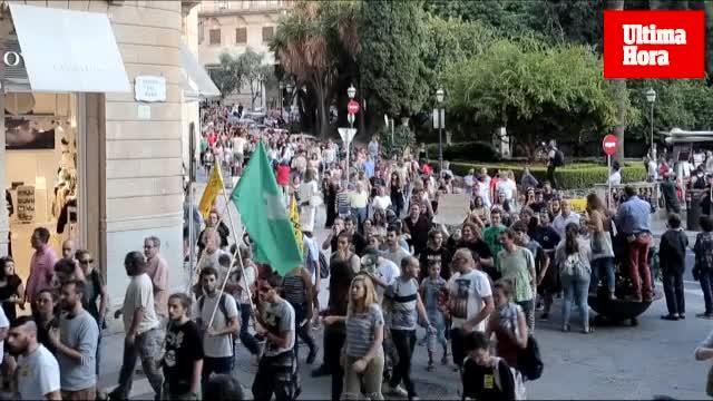 Manifestación en Palma contra la masificación turística