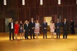 Los Reyes arropan a la sociedad mallorquina en la inauguración del Palacio de Congresos de Palma