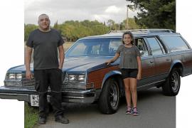 Un Buick de seis metros