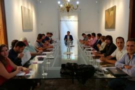 Pons prepara con el sector de las renovables la petición de ayudas al Estado