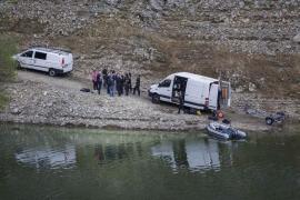Los cadáveres hallados en Susqueda presentan síntomas evidentes de violencia