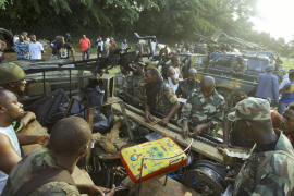 Las tropas de la misión francesa toman el control del aeropuerto de Abiyán