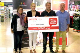 Eroski entrega 40.000 euros a Projecte Home Balears