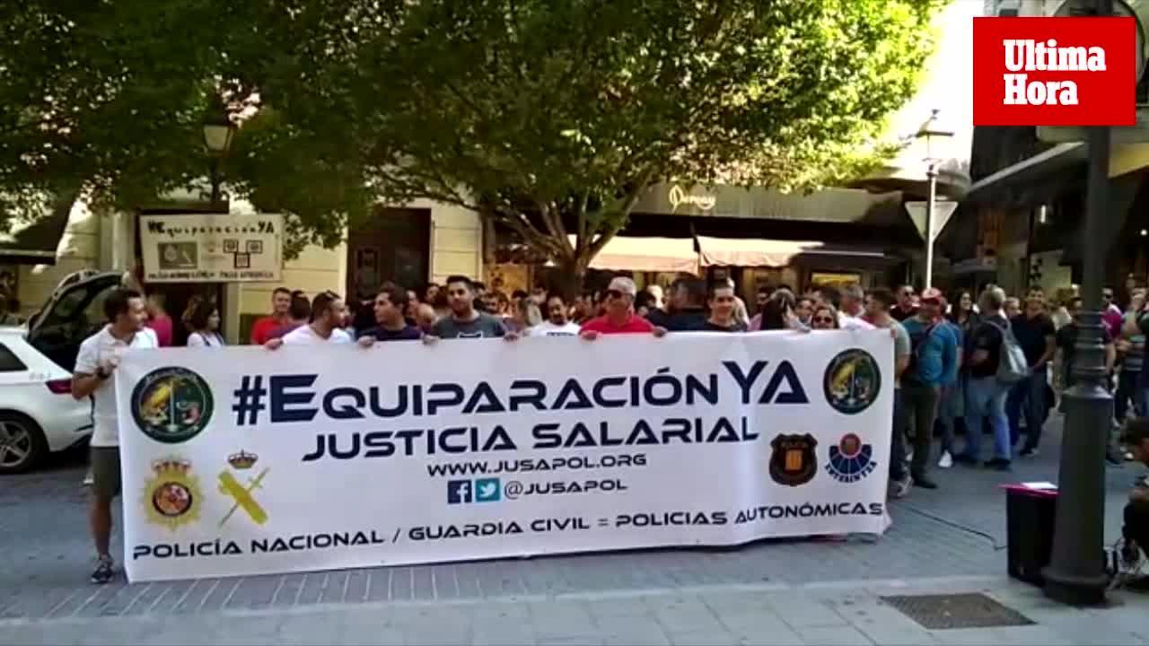 Policía Nacional y Guardia Civil se concentran para pedir mejoras salariales