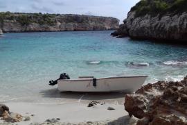 Detenidos tres inmigrantes que llegaron a Mallorca el pasado martes en patera