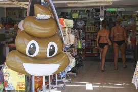 Crean un 'Santuario de flotadores' en Mallorca para fomentar su reutilización una vez desechados por sus dueños