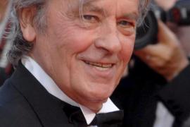 Alain Delon, operado de un problema cardíaco que sufre desde hace años