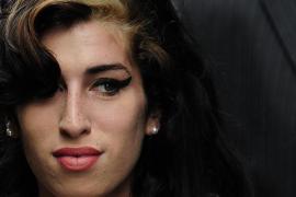 Amy Winehouse quiere ser mamá