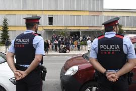Seis juzgados de Cataluña investigan la inacción de los Mossos ante el 1-O