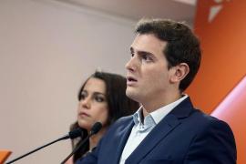 Cs critica el «golpe de estado de Puigdemont» y pide elecciones