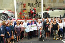 Un millar de comercios participan en una campaña navideña con un premio de 124.000 euros