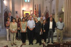 El IB-Salut homenajea a 27 profesionales de Atención Primaria jubilados