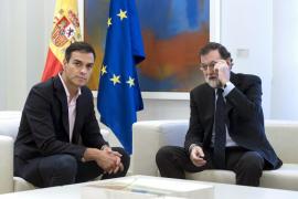 Rajoy apela a la unidad y al apoyo al Estado de Derecho en su reunión con Sánchez