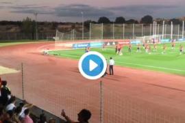 Piqué aguanta 23 minutos bajo insultos en su entrenamiento más hostil con la Roja