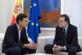 Sánchez exige a Rajoy que negocie «de inmediato» con Carles Puigdemont