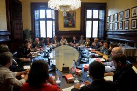 Junts pel Sí y la CUP proponen para el lunes el pleno que podría desembocar en la declaración de independencia