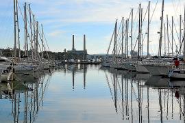 El Consell revisa un «cambio oculto» en la normativa del puerto deportivo de Alcúdia