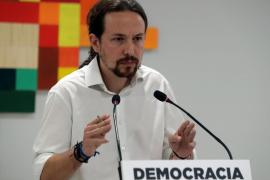 Iglesias insiste en la mediación y Errejón agradece «la prudencia y el tono» de Puigdemont