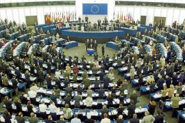 Rebelión en las redes sociales contra los 'eurodiputadoscaraduras'