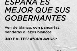 Convocatoria de blanco frente a los ayuntamientos de capitales a favor del diálogo