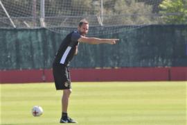 Vicente Moreno avisa: «El domingo jugamos contra un muy buen equipo»