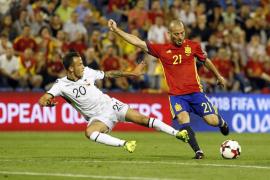 Gerard Piqué y David Silva se perderán el partido ante Israel por sanción