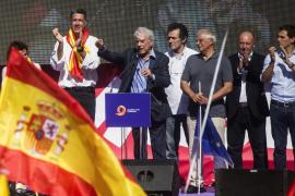 Borrell, a las empresas que salen de Cataluña: «¿No lo podíais haber dicho antes?»