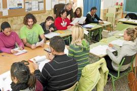Educació tendrá en 2018 un servicio propio de prevención de riesgos laborales