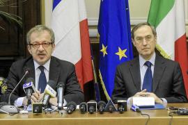 Italia y Francia pactan patrullas conjuntas para frenar la inmigración de Túnez