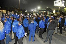Los trabajadores de la EMT mantienen la huelga de 48 horas del 4 y 5 de mayo