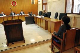 Una mujer niega que robara y obligara a prostituirse a una menor en 2013