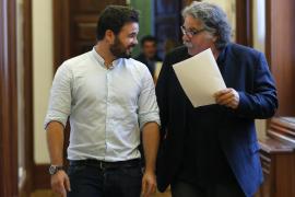 La Guardia Civil incluye a Tardà y a Rufián en el liderazgo del asedio a los agentes
