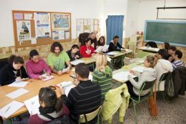 Aumentan casi un 10 % los inscritos en los cursos de catalán del Govern