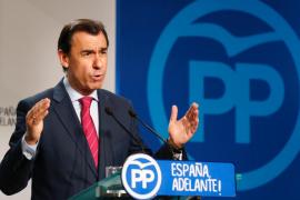 Maíllo afirma que el Gobierno actuará con «fuerza, contundencia y moderación»
