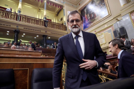 Rajoy deja en manos de Puigdemont frenar el artículo 155 y le da un plazo de cinco días