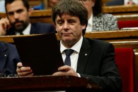 Puigdemont lamenta que el Gobierno responda con el 155 a su petición de diálogo: «Entendido»