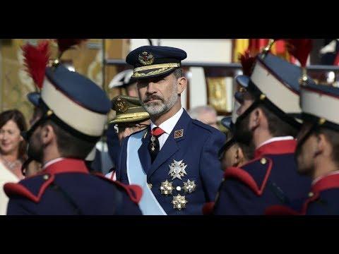 Aplausos y gritos de «viva España» durante el desfile del Día de la Hispanidad