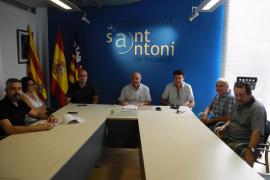 Sant Antoni exigirá a los taxistas un mayor nivel de inglés y vestir con uniforme