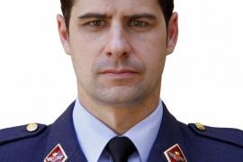 Defensa concede la Cruz al Mérito Aeronáutico con Distintivo Amarillo al capitán del Ejército del Aire Borja Aybar