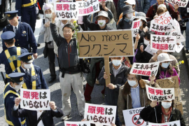 Unas 17.000 personas protestan en Tokio contra las centrales nucleares