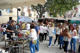 La artesanía y la solidaridad animan el corazón de Algaida