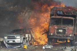 Elevan a 215 el número de muertos tras el atentado con camiones bomba en Somalia