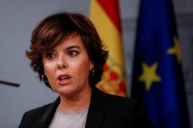 Sáenz de Santamaría: «No era tan difícil contestar sí o no»