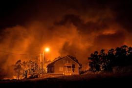 Aumentan los puntos de riesgo real para la población por los incendios forestales de Galicia