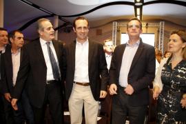 Bauzá presenta una lista al Parlament consensuada con todas las 'familias' del PP
