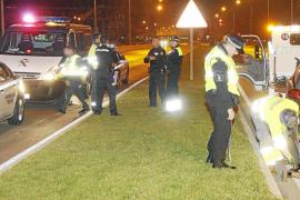 Espectacular persecución de una conductora que arrolló a dos patrullas policiales al huir de Son Banya