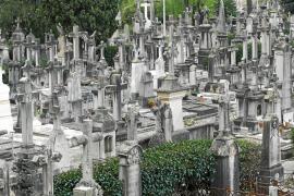 Dos empleados de la Funeraria admiten ante un juez que cobraron comisiones