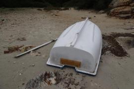 Localizan una patera sin ocupantes en Menorca
