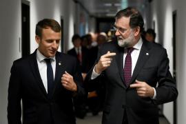 Emmanuel Macron y Mariano Rajoy