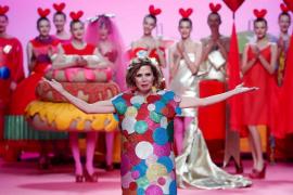 Agatha Ruiz de la Prada, galardonada con el Premio Nacional de Diseño de Moda 2017